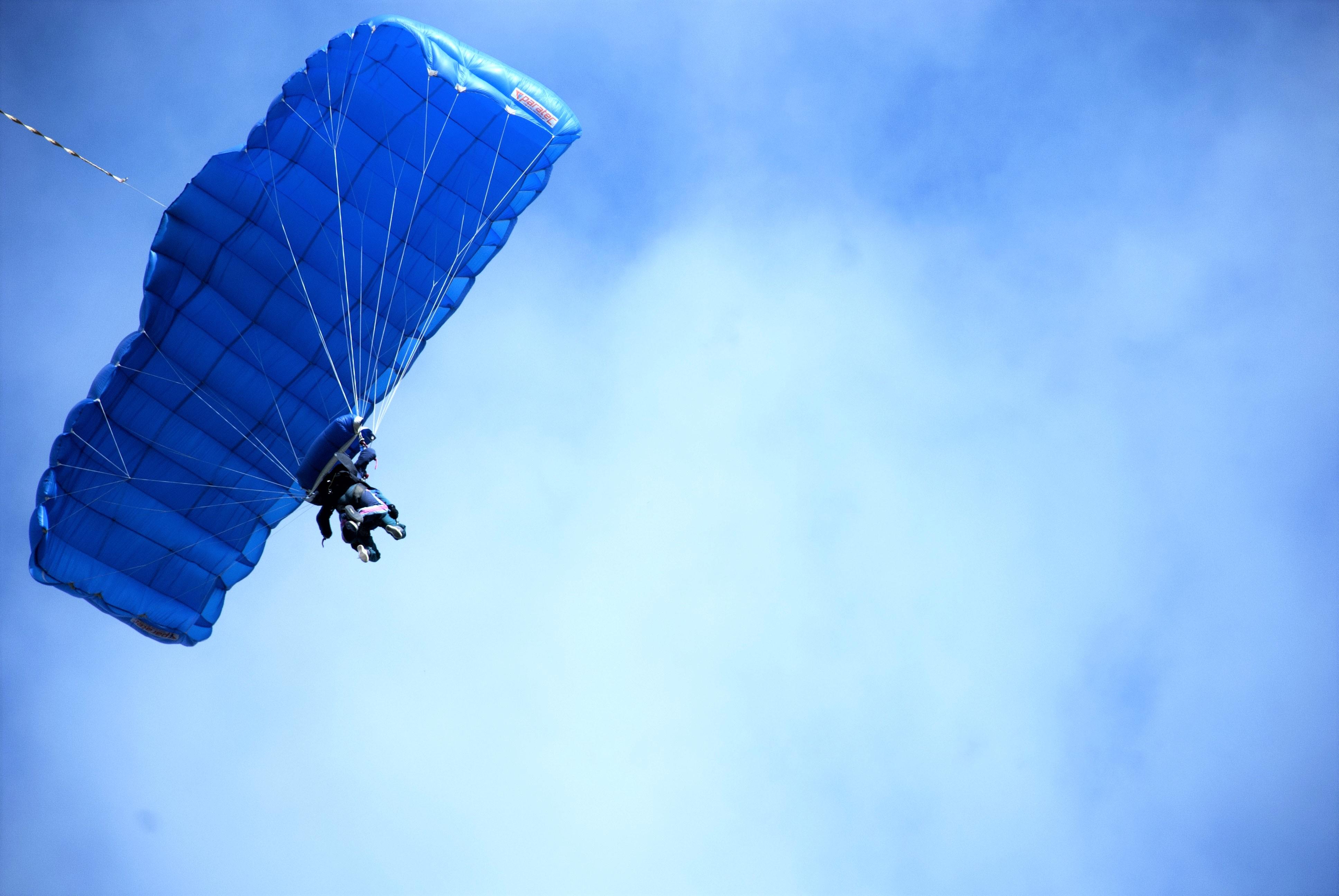 Mavin Commercial Executive Daisy Sumner's Parachute Jump